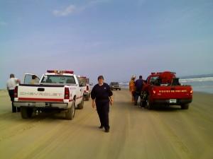truck_at_beach